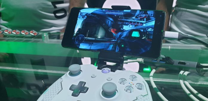 A Way To Modify Your Smart phone In To A Gamepad