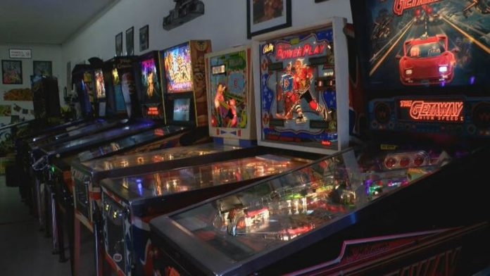 It's 2019 and the Pinball Machine Is Making a Comeback