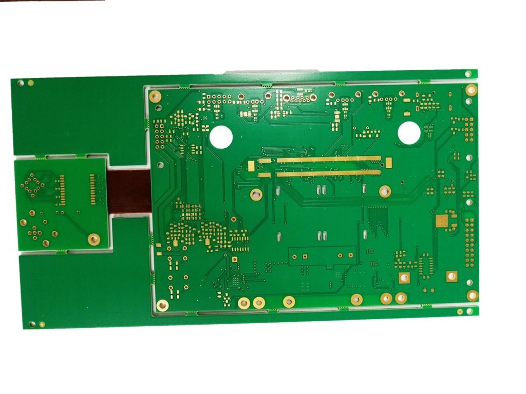 What's different between China PCB and China PCBA